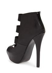 Steve Madden Platform Sandal (Women)