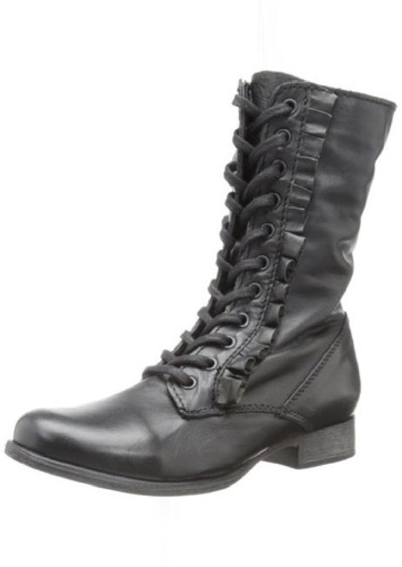 Betsey Johnson Women's Litza Ankle Boot