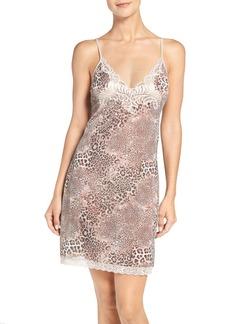 Natori 'Feathers' Animal Print Chemise